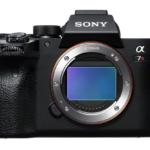 α7RIVが発表。Canonも早く発表して!